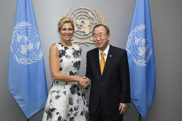 Queen Máxima meets Secretary-General Ban Ki-moon to present her annual report of activities as UNSGSA during the UN General Assembly in New York. (September 2013)